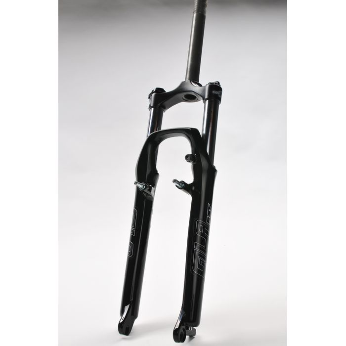 "SUSPENSION FORK  26"" RST "" GILA -ML 1-1/8"" - 28,6mm/220/50 -Threat Black collour"