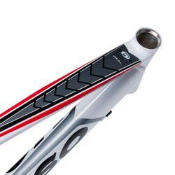RAMA SZOSOWA MOSSO 710ARC Z WIDELCEM ALUMINIOWYM Rozmiar:490mm Kol.Biało / szary/ czerwona linia.