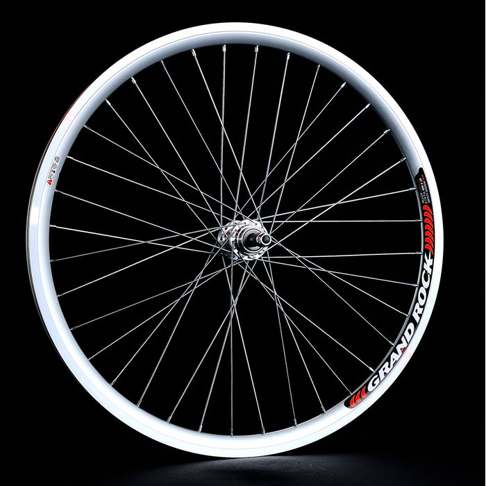 "BACK WHEEL  -26"" RIM REMERX GRAND ROCKsilver colour  -HUB  JOYTECH- (for freewheel: 6,7 speed)."